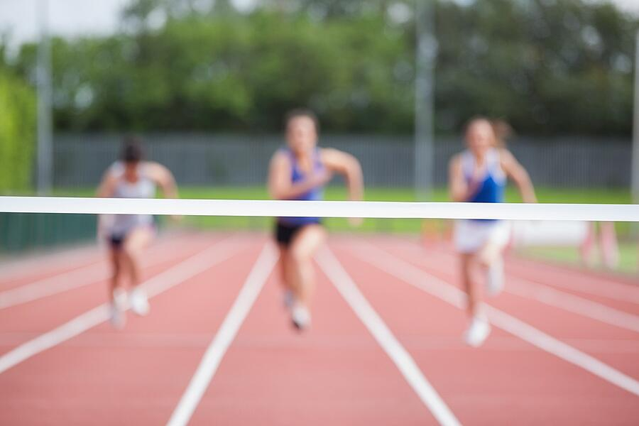 track-racing-to-finish-line